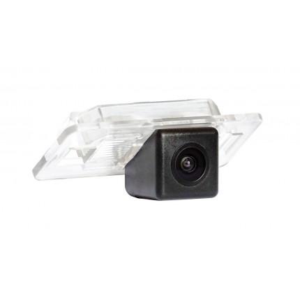 Штатная камера заднего вида Incar VDC-041 для BMW 1, 3, 5, X1, X3, X5, X6