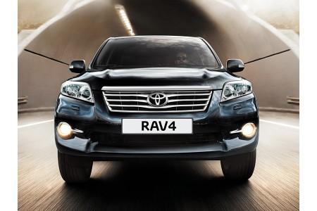 Установка зеркала с камерой заднего вида на Toyota Rav4