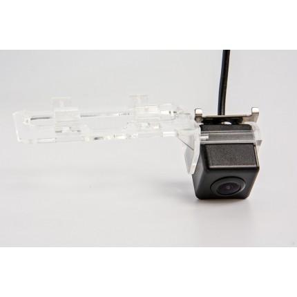 Камера заднего вида Fighter CS-HCCD+FM-95 для Geely Emgrand EC7