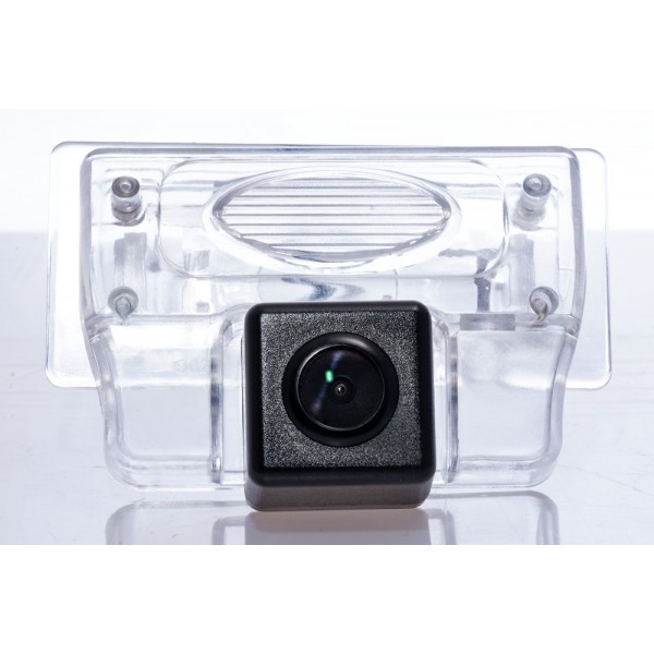 Камера заднего вида Fighter CS-HCCD+FM-27 для Nissan Tiida, Teana, Maxima