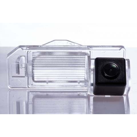 Камера заднего вида Fighter CS-HCCD+FM-36 для Citroen C4 Aircross