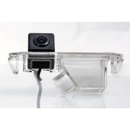 Камера заднего вида Fighter CS-HCCD+FM-05 для Kia Soul, Picanto, Rio