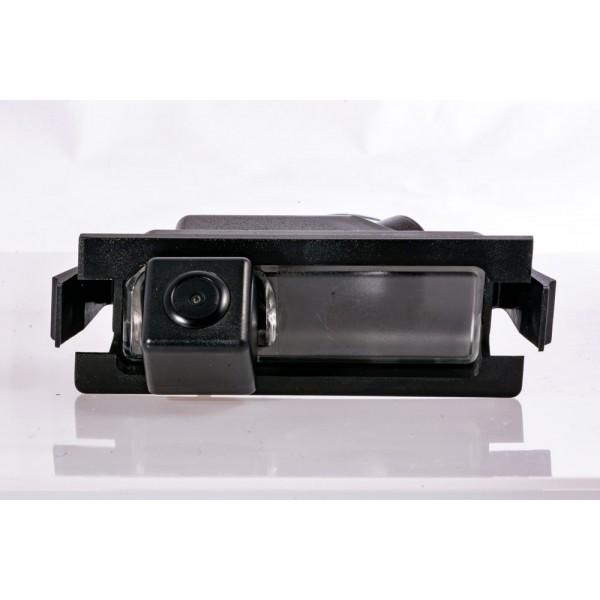 Камера заднего вида Fighter CS-HCCD+FM-11 для Kia Ceed (ED), (FL), (JD), Rio (UB)
