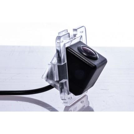 Камера заднего вида Fighter CS-HCCD+FM-37 для Mitsubishi Outlander