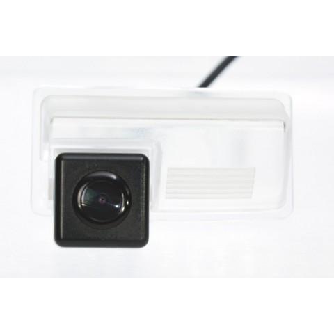 Камера заднего вида Fighter CS-HCCD+FM-71 для Geely EC7, EX7