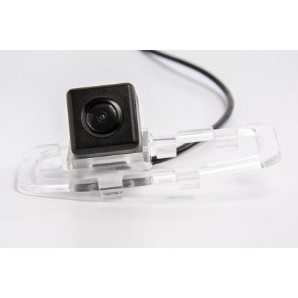 Камера заднего вида Fighter CS-HCCD+FM-107 для Great Wall Voleex C30, 2010