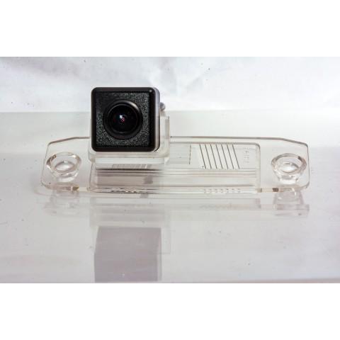 Камера заднего вида Fighter CS-HCCD+FM-01 для Kia Carens, Cee'd, Mohave, Sportage, Sorento