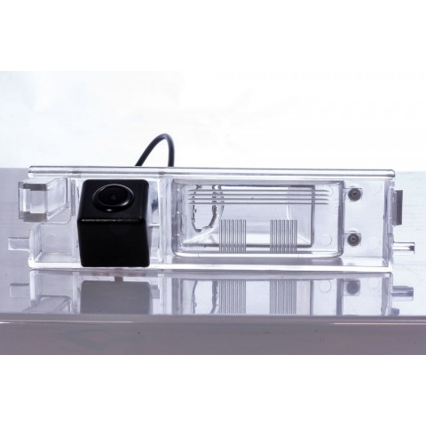 Камера заднего вида Fighter CS-HCCD+FM-32 для Toyota RAV4, Auris, Cherry Tigo