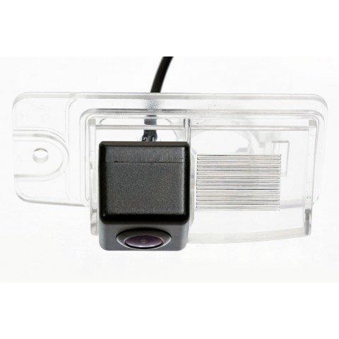 Камера заднего вида Fighter CS-HCCD+FM-56 для Nissan X-trail (T32), Murano, Infinity FX/EX