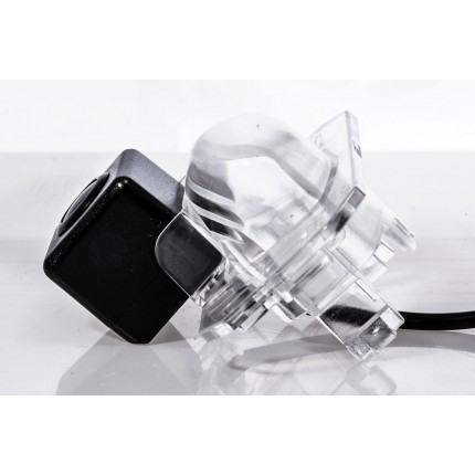 Камера заднего вида Fighter CS-HCCD+FM-22 для Honda Civic, Crosstour, CR-V, FR-V, HR-V, Jaz, Stream, Acura MDX