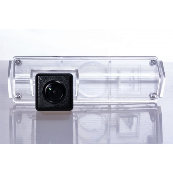 Камера заднего вида Fighter CS-HCCD+FM-39 для Mitsubishi Grandis, Pajero Sport