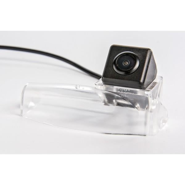 Камера заднего вида Fighter CS-HCCD+FM-83 для Mazda 3 (BK), (BL), 2
