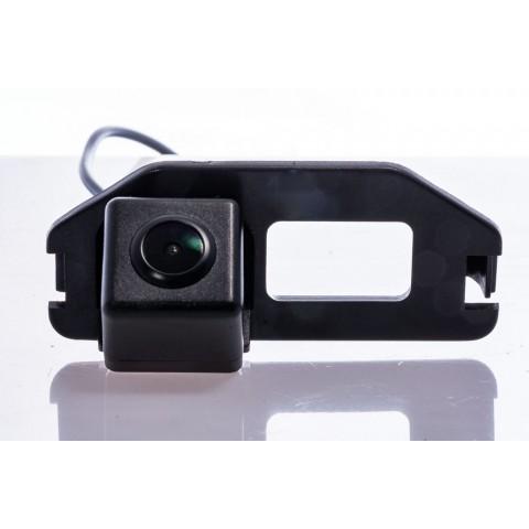 Камера заднего вида Fighter CS-HCCD+FM-34 для Toyota Camry (XV50)