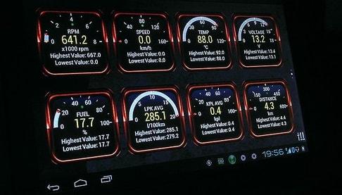 Бортовой компьютер на экране магнитолы Smarty Trend